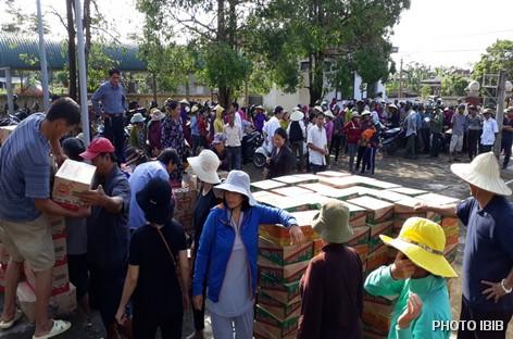 Cứu trợ tại Xã Mỹ Trạch, Huyện Bố Trạch, Tỉnh Quảng Bình
